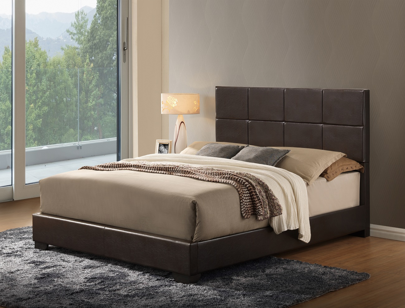 8566 PU Bed