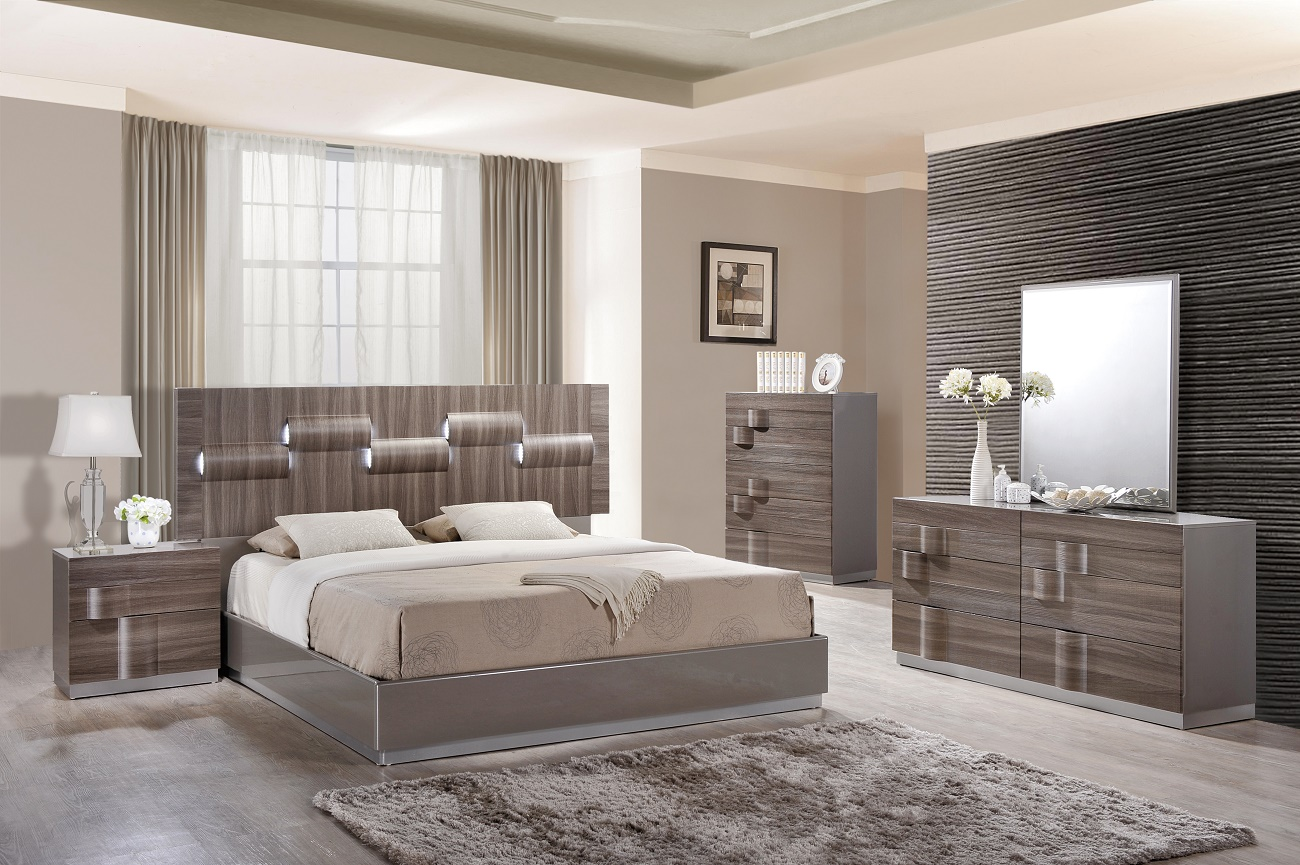 Adel Bedroom Set