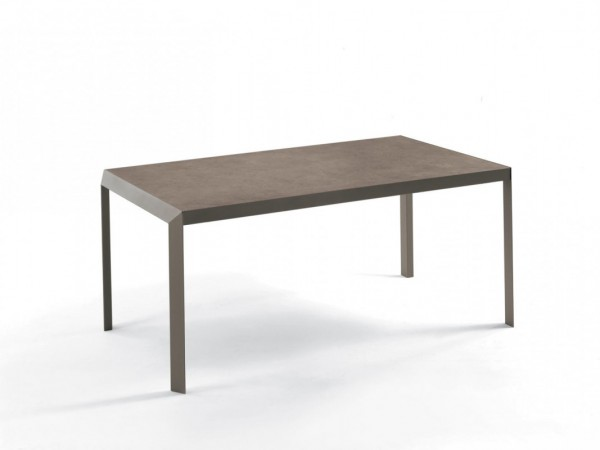 table with extensions and lacquered metal frame